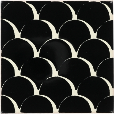 Black & White Scales Dolcer Ceramic Tile